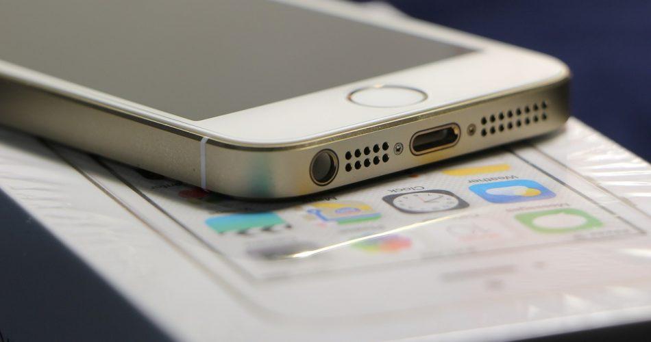 Cómo se etiquetan los árbitros oficiales del iPhone 5s y dónde se venden en Rusia