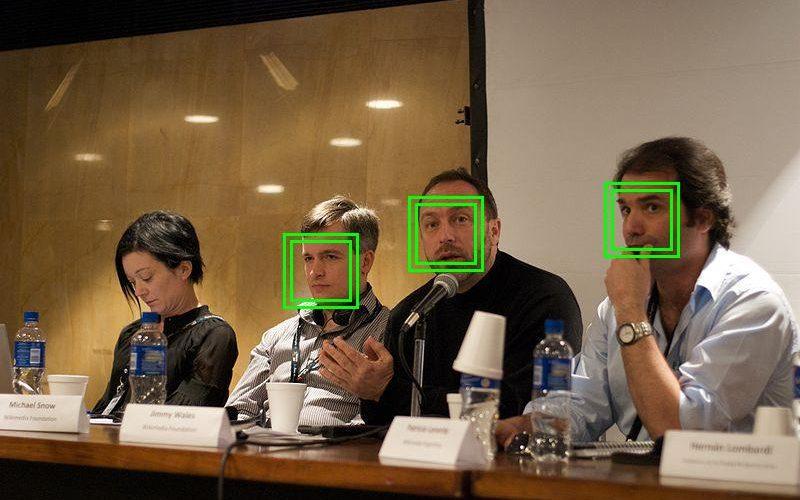 Cómo activar la detección de rostros en vídeo en el iPhone, iPad o iPod Touch con el tweak FaceDetectionDuringVideo