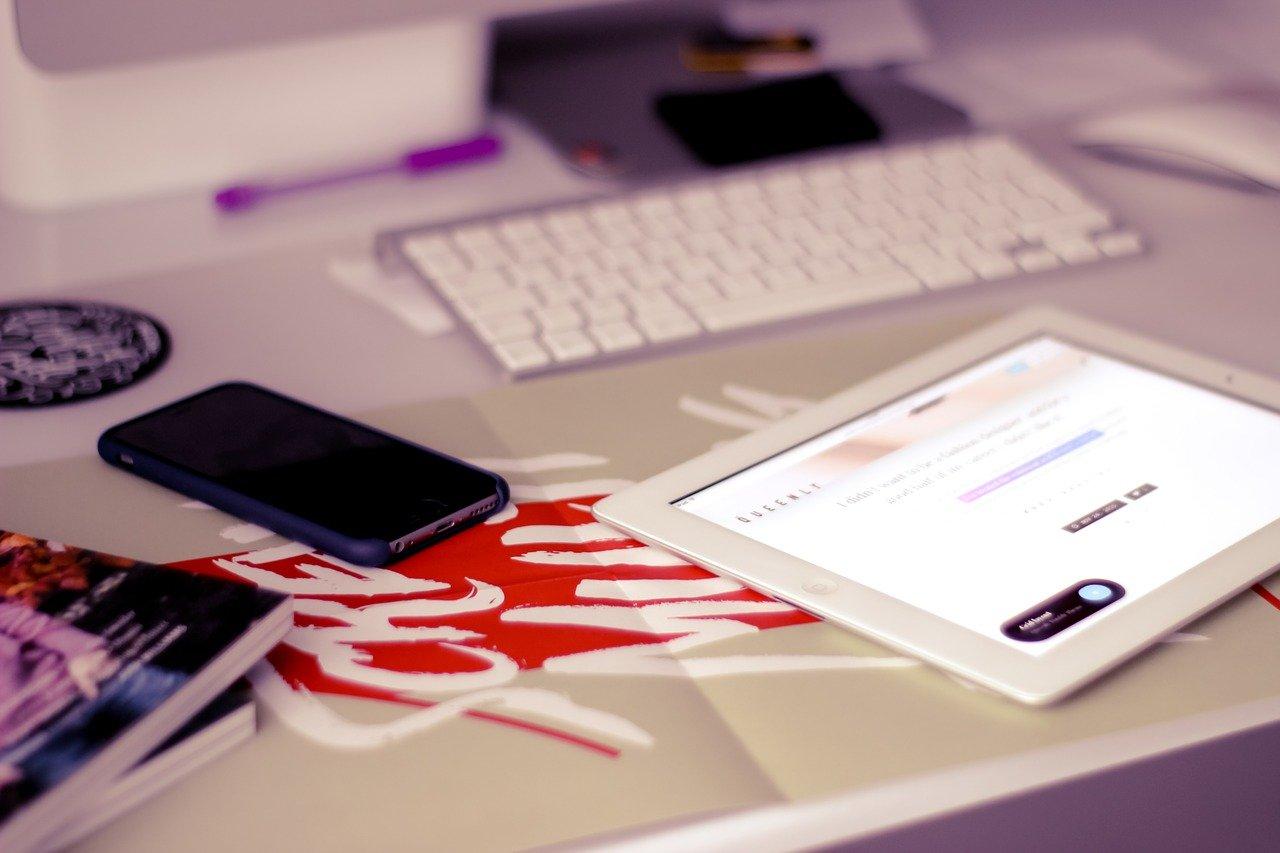 Descarregar PPHelper o com instal·lar aplicacions de pagament en l'iPhone, iPad de forma gratuïta SENSE jailbreak
