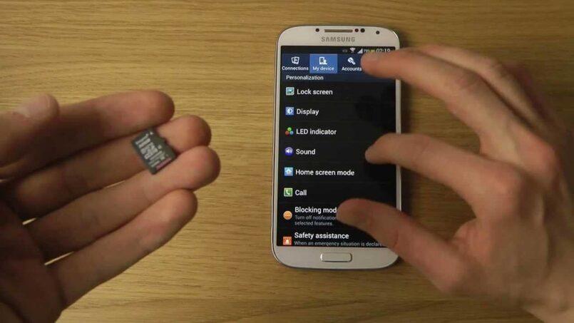 Naon anu kedah dilakukeun upami telepon Samsung anjeun henteu mikawanoh kartu mémori